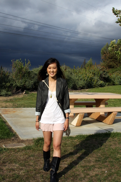 H&amp;M blazer - JCrew shirt - Old Navy shorts - vintage boots - Ralph Lauren Polo p