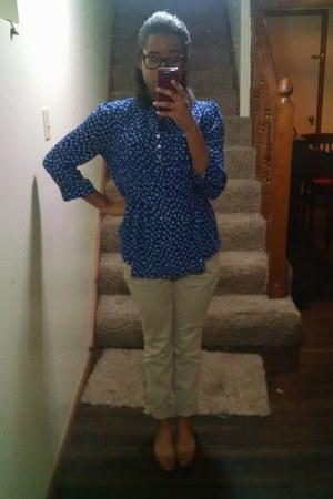 beige Old Navy pants - blue Cocomo blouse - tan Mia flats
