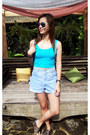 Light-blue-levis-shorts-sky-blue-refill-top-black-parisian-flats
