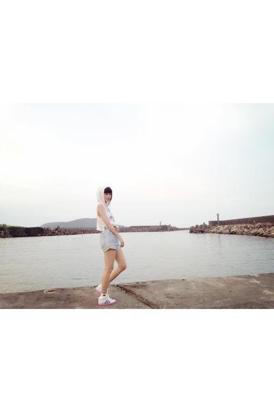 white hoodie - sky blue shorts - white Adidas sneakers