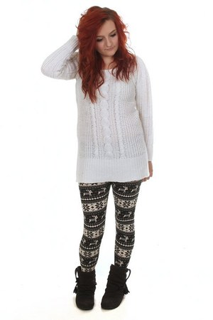 white Eleanor Rose jumper - black Eleanor Rose leggings