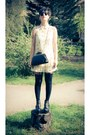 Black-studded-litas-boots-ivory-leaves-pattern-asos-dress-black-skulls-purse