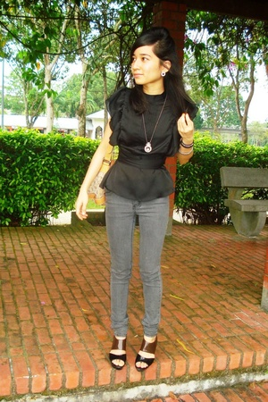 blouse - Cheap Monday jeans - Guess purse - Charles & Keith shoes