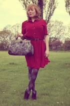 heather gray bag - maroon dress