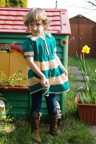 vintage dress - boots - jeans