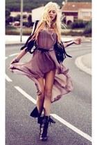 purple dress - thin black belt