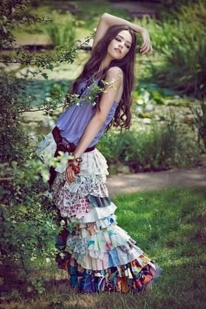 long ruffles skirt - baggy top