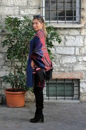 blue Accessorize scarf