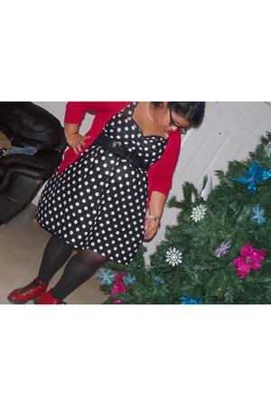 Me dress - black tights DOTS tights - black bow DOTS belt