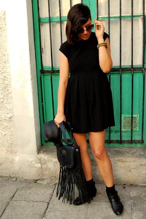 Zara dress - energie accessories - pull&bear accessories - Zara boots - pull&bea