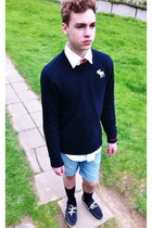 Tommy Hilfiger shirt - H&M shorts - abercrombie & fitch sweatshirt
