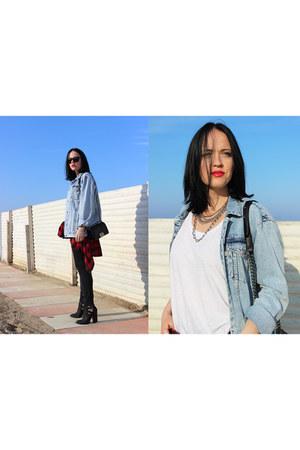 black Chanel bag - sky blue pull&bear jacket - red Forever 21 shirt