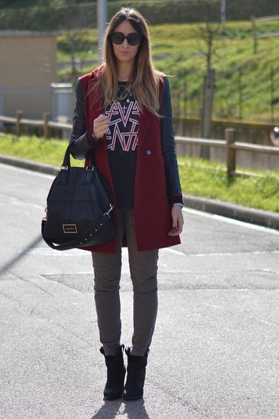 maroon Sheinside coat - black Zara boots - black Givenchy bag