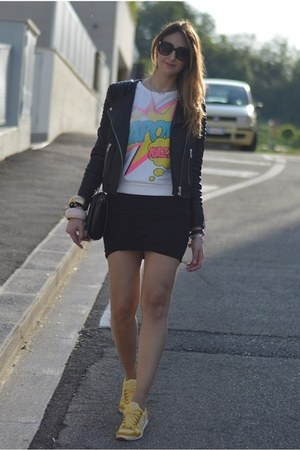 black letaher H&amp;M jacket - black Zara bag - black Valentino sunglasses