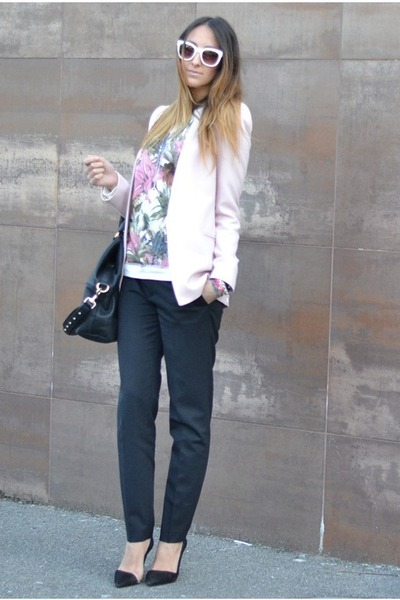 Zara pants - Zara blazer - Givenchy bag - Zara sunglasses - Zara hoodie