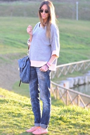 navy H&M jeans - light pink Car Shoe shoes - light pink Primark sweater