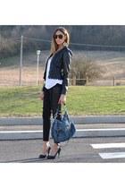 Primark earrings - H&M jeans - Rinascimento jacket - Miu Miu bag - Zara t-shirt