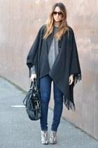 tan Stradivarius shoes - gray Rinascimento coat - navy Cheap Monday jeans