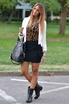 leopard print Oasapcom top - black strategia boots - white Primark blazer