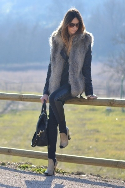 black H&M jeans - black Givenchy bag - black Dolce&Gabbana sunglasses