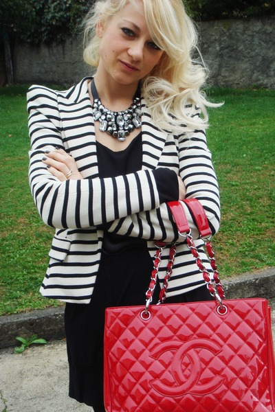 Chanel purse - Zara blazer - Penny Black dress - Aldo shoes