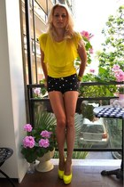 Zara t-shirt - Zara shorts - Kandee heels