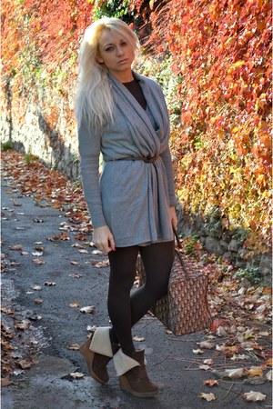 christian dior bag - H&M sweater - Bershka shoes - Calzedonia tights