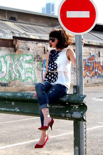 red REPLAY heels - navy Zara jeans - white Zara top