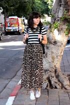 black H&M shirt - brown unknown skirt
