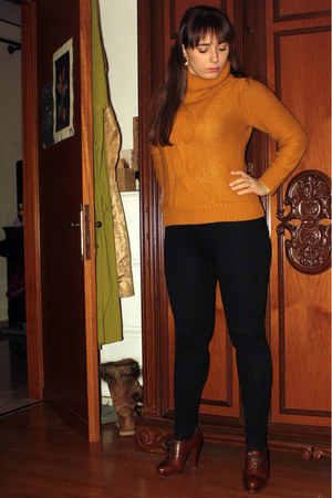 mustard camaieu sweater - black Calzedonia leggings - crimson leather pumps