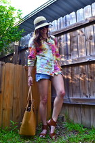 hot pink floral J Crew blouse - beige Urban Outfitters hat