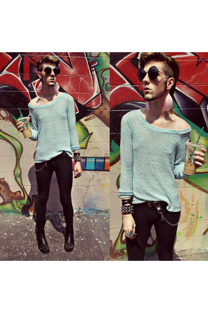 light blue h&m divided sweater - black bug eye shades Romwecom sunglasses