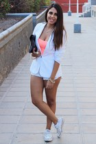 white pull&bear blazer - black Bershka bag - white H&M shorts