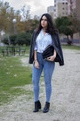 Black-stradivarius-boots-sky-blue-pull-bear-jeans-gray-mango-blazer