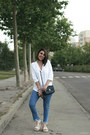 Sky-blue-calzedonia-jeans-white-zara-shirt-black-rosewholesale-bag