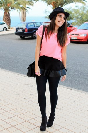 black pull&amp;bear skirt - black BLANCO hat - black Zara bag