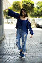 sky blue Oasapcom jeans - navy sammydress blouse - sky blue pull&bear sneakers