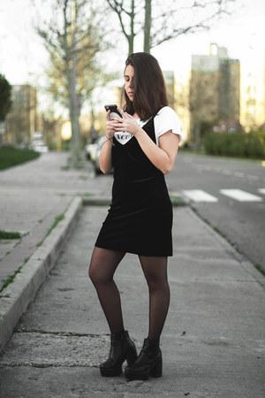 black Newchic boots - black dresslily dress - white Lefties shirt
