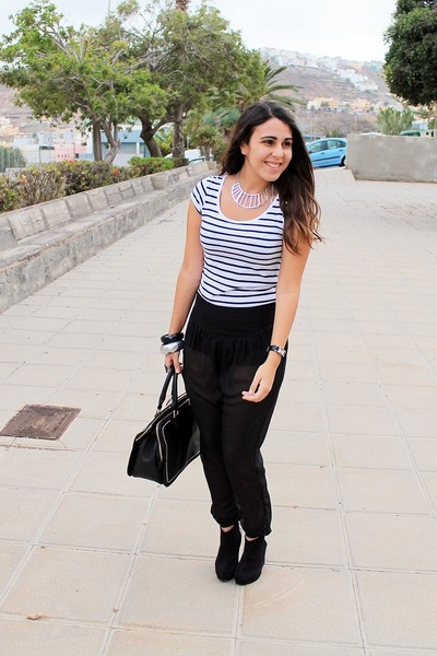 black Dayaday bag - white H&M shirt - black Bershka pants - black Marypaz heels