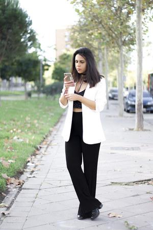 black Stradivarius boots - white H&M blazer - black Zara top - black Zara pants