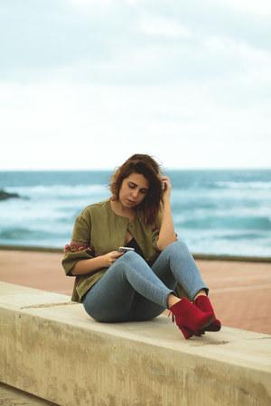 red dresslily boots - sky blue Bershka jeans - dark khaki Zara jacket