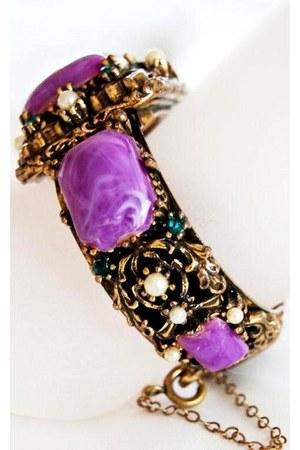 Vintage Costume Clamper bracelet