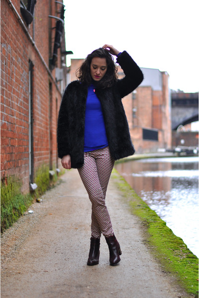 maroon Bocage boots - black fake fur Choies coat - blue BLANCO jumper
