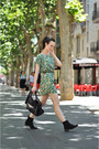 Ankle-betty-london-boots-green-vintage-print-lucloset-dress-black-zara-bag