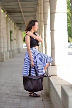 navy midi blackfive skirt - crimson Zara bag - cropped DIY top