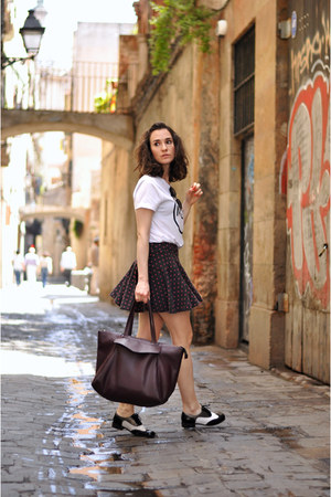 charcoal gray dotted chicnova skirt - black brogues Clarks shoes