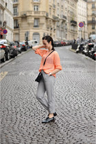light orange net Lefites jumper - forest green brogues Castañer shoes