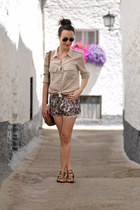 neutral Zara shirt - light purple Zara shorts