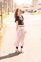 light pink thrifted skirt - black banana republic top - black Famous Footwear sa