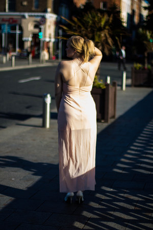 light pink Elise ryan dress - white Jessica Simpson heels